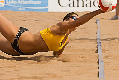 Manitoba Beach Volleyballer trying to save a point
