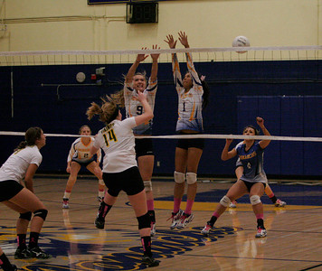 Kingsburg @ Exeter Volleyball on Thursday, October 17, 2013.