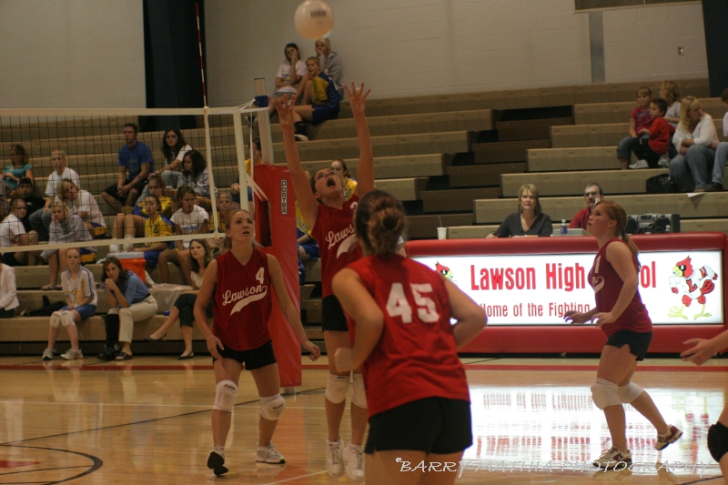 Lawson Volleyball 101805 013