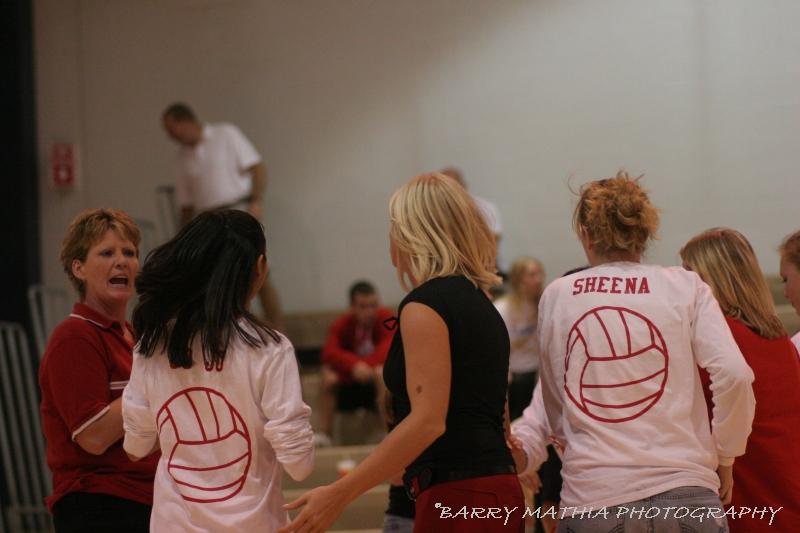 Lawson Volleyball 101805 1008
