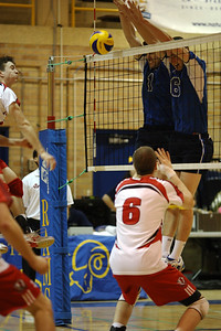 McLaughlin and McClevis block a shot (6J0E4391) Chris McLaughlin and Logan McClevis block a shot (6J0E4391)