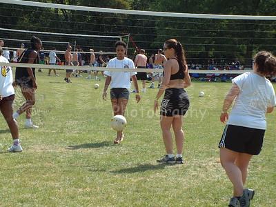 2005-9-17 Spike Volleyball LUAU 2005 00086