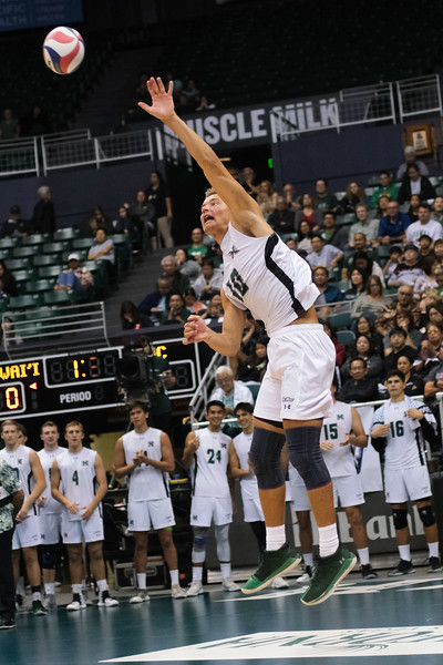 Hawaii setter Jakob Thelle (10) strikes a jump serve in an opening night match against Charleston at the Stan Sheriff Center in Honolulu, Hawaii on January 3, 2020. A 6-6 sophomore from Tonsberg, Norway, Thelle takes over as setter from departed All-American Joe Worsley.