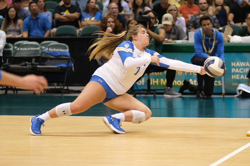 UCLA libero Kelli Barry reaches for a dig against Hawaii in the Outrigger Hotels and Resorts Volleyball Challenge at the Stan Sheriff Center, Honolulu, Hawaii on September 14 2019.