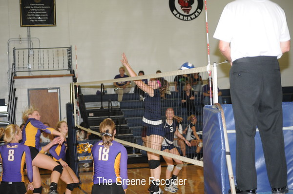 Volleyball vs H-D and Lake Mills