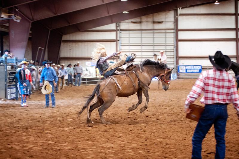 Bronc Riding39_20140524