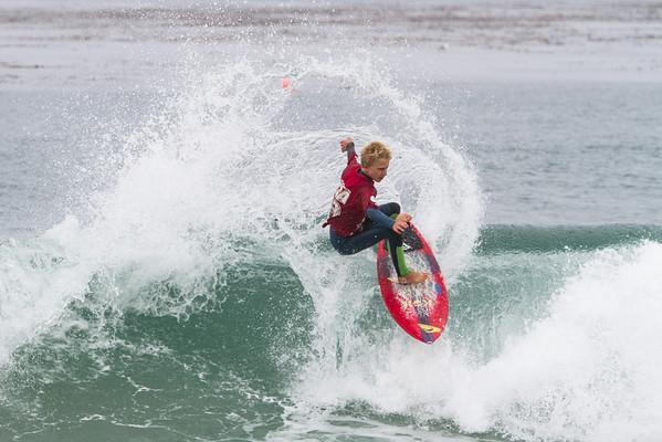 IMAGE: http://www.irish-images.com/Sports/WSA-Contest-Salt-Creek-3-23/i-xDCztcF/0/M/IMG_5374-M.jpg