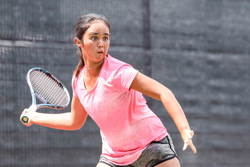 Elsa WAN (MAS) in action during WTA Future Starts Tournament 2017, in U14 Round Robin held at Kallang Tennis Centre, Singapore. (Photo by Sanketa Anand, Sport Singapore)