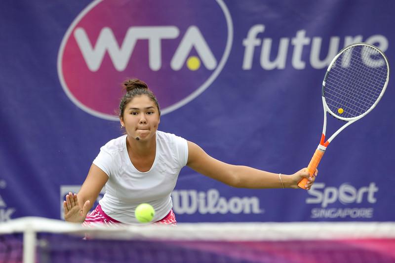 Yasmina KARIMJANOVA (UZB) in action during WTA Future Starts Tournament 2017, in U16 Semi-Finals held at Kallang Tennis Centre, Singapore on 20th Oct 2017. (Photo by Sanketa Anand, Sport Singapore)