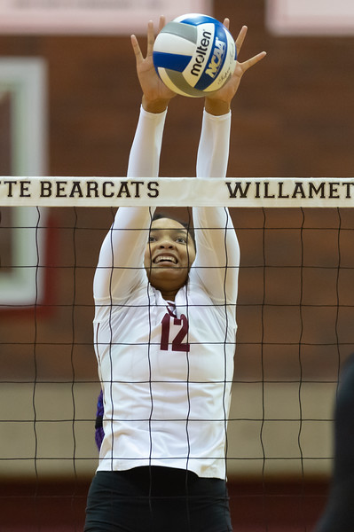 Willamette Volleyball vs. Lewis and Clark College - October 18th, 2019