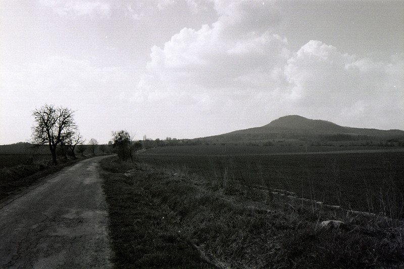 pohled na horu Sedlo z dálky