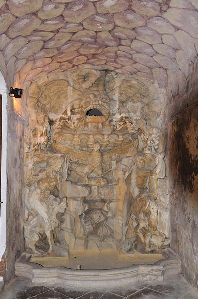 jeskyně vytvořená pro panstvo, které se zde ochlazovalo v horkých letních měsících