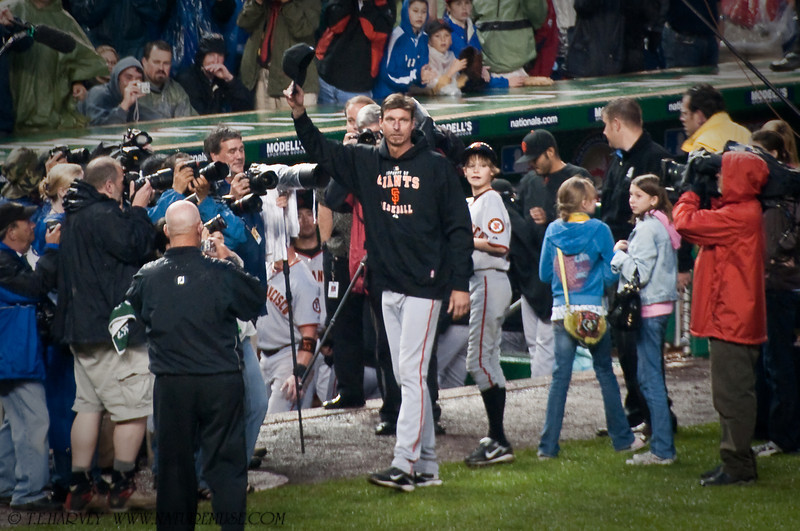 Randy Johnson's Wave After 300th Career Win With His Three Kids to the Right.