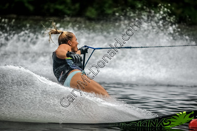 Siani Oliver  @ Water skiing slalom in tournament