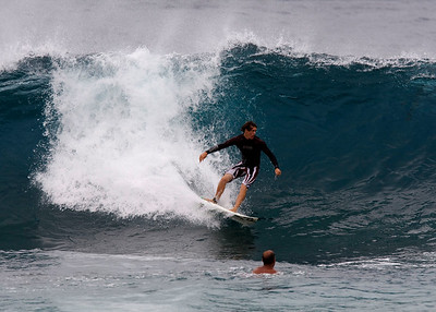O'ahu Hawaii Banzai Pipeline Dec. 2007