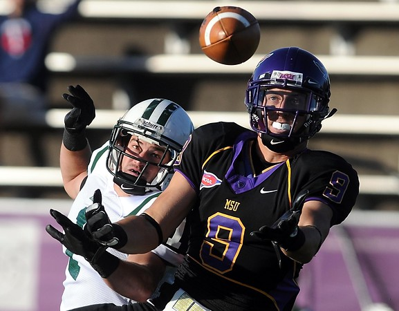 Minnesota State receiver Eric Clark can't bring in a touchdown pass during the first half against Bemidji State Saturday.