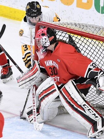Mankato East/Loyola v. Mankato West girls hockey