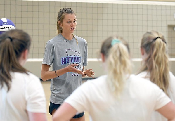 Molly Lohman volleyball camp 2
