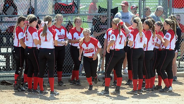 Mankato West softball v. Alexandria 5