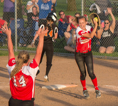 Mankato West Softball v Winona State Championship 4