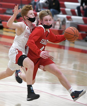 Mankato West boys basketball v. Willmar