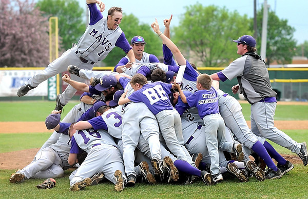 Pat Christman<br /> The Minnesota State baseball team celebrates their 17-1 win over St. Cloud State to win the NCAA Division II Central Region championship Sunday at Franklin Rogers Park.