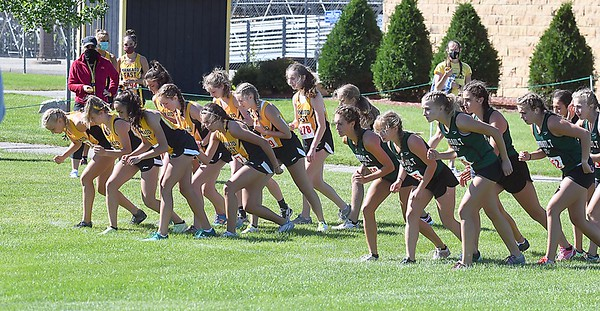 Mankato East girls cross country