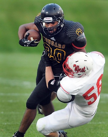 Mankato East football's Kaje Warren