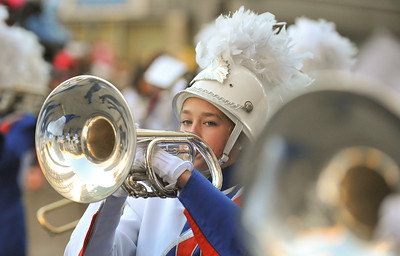 Freshman Natalie Gordon of the West Orange High School Marching Band performs in the 98th Annual Thanksgiving Day Parade. 11/23/17 Credit Thomas Lightbody