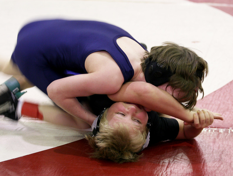 Wrestling_2009Feb22_0673