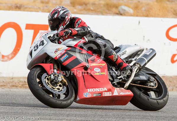 Willow Springs Motorcycle Racing, Nov 2016