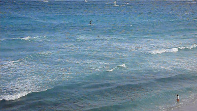Kite surfers in Barbados at Silverpoint Kite surfing, Barbados