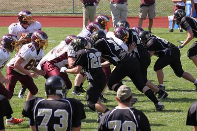 10 09 11 Windsor Var Football-130