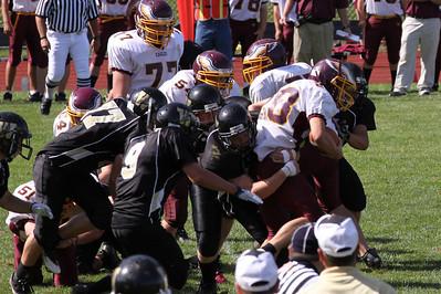 10 09 11 Windsor Var Football-135