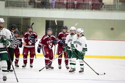 Girls' Varsity Hockey v Berkshire