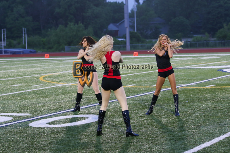 Game 1 Hitmen Dance Team-21