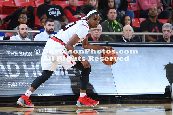 NCAA BASKETBALL:  DEC 21 Charlotte at Davidson