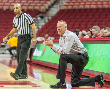 Arkansas Lady Razorbacks head coach Jimmy Dykes during a basketball game between Arkansas and Mississippi Valley State on December 28, 2015.    (Alan Jamison, Nate Allen Sports Service)