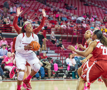 Arkansas Lady Razorbacks forward Jessica Jackson (00) goes inside during a basketball game between Arkansas and Alabama on 2-18-16.   (Alan Jamison, Nate Allen Sports Service)