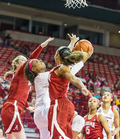 Arkansas Lady Razorbacks forward Jessica Jackson (00) shoots a reverse layup during a basketball game between Arkansas and Alabama on 2-18-16.   (Alan Jamison, Nate Allen Sports Service)