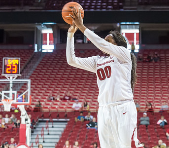 Arkansas Lady Razorbacks forward Jessica Jackson (00) goes up for two during a basketball game between Arkansas and Ole Miss on 2-28-16.   (Alan Jamison, Nate Allen Sports Service)