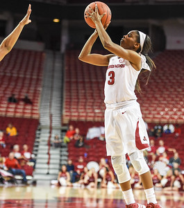 Arkansas Lady Razorbacks guard Malica Monk (3) shoots during a basketball game between Arkansas and Tulsa on November 23, 2015.    (Alan Jamison, Nate Allen Sports Service)