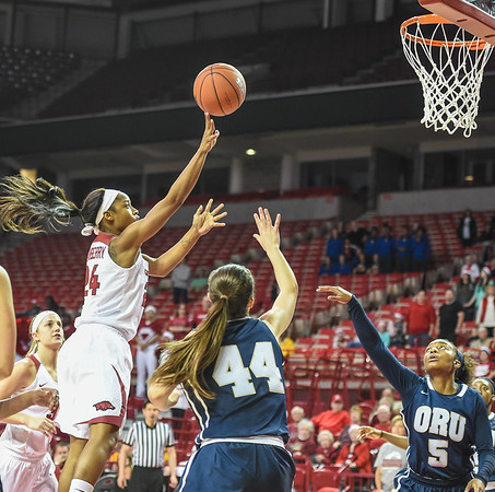 Arkansas Lady Razorbacks guard Jordan Danberry (24) shoots during a basketball game between Arkansas and Oral Roberts on December 10, 2015.    (Alan Jamison, Nate Allen Sports Service)