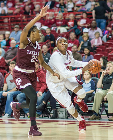 Arkansas Lady Razorbacks forward Jessica Jackson (00) drives to the basket during a basketball game between Arkansas and Texas A&M on January 7, 2016.    (Alan Jamison, Nate Allen Sports Service)