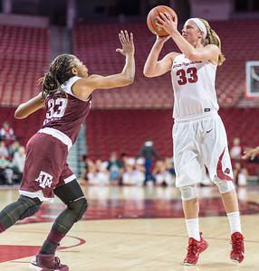 Arkansas Lady Razorbacks forward Melissa Wolff (33) shoots during a basketball game between Arkansas and Texas A&M on January 7, 2016.    (Alan Jamison, Nate Allen Sports Service)