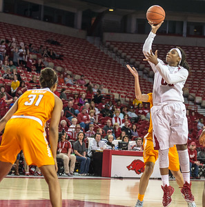 Arkansas Lady Razorbacks forward Jessica Jackson (00) shoots during a basketball game between Arkansas and Tennessee on January 14, 2016.    (Alan Jamison, Nate Allen Sports Service)