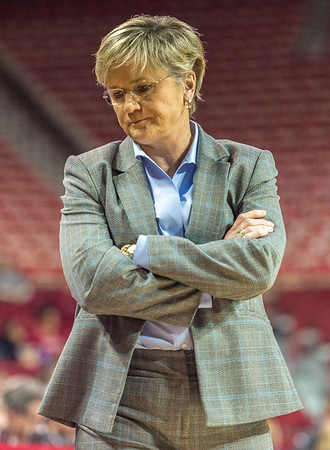 Tennessee Lady Volunteers head coach Holly Warlick reflects on the game between Arkansas and Tennessee on January 14, 2016.    (Alan Jamison, Nate Allen Sports Service)