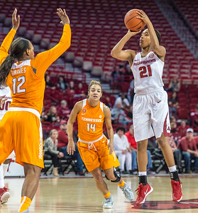 Arkansas Lady Razorbacks guard Devin Cosper (21) shoots during a basketball game between Arkansas and Tennessee on January 14, 2016.    (Alan Jamison, Nate Allen Sports Service)