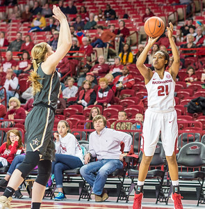 Arkansas Lady Razorbacks guard Devin Cosper (21) shoots during a basketball game between Arkansas Razorbacks and Vanderbilt Commodores on February 8, 2016.    (Alan Jamison, Nate Allen Sports Service)