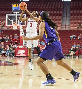 Arkansas Lady Razorbacks guard Malica Monk (3) shoots during a basketball game between Arkansas and LSU on Sunday, January 08, 2017.  (Alan Jamison, Nate Allen Sports Service)